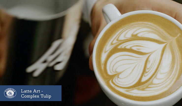 Latte art - the complex tulip